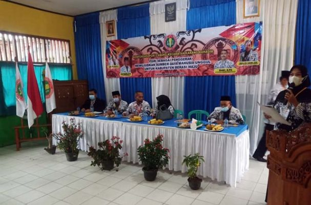 Konfercab PGRI Cabang Karang Bahagia, Kabupaten Bekasi, Sabtu (19/6/2021).